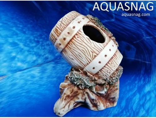 Фото Бочонок на скале,  дл 13.5см, шир 12см, выс 17.5см, коричневый aquasnag.com