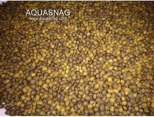 Фото Кои Мини, шарики-500г, основной, витаминизированный корм для молоди карпов кои. aquasnag.com