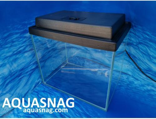 Фото Комплект: аквариум прямой 15л  с пластиковой крышкой  (дл30/ш20/в25)см Смотреть
