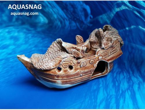 Фото Корабль малый,  дл 14.5см, шир 5см, выс 8см, коричнеывый Смотреть