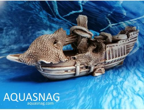 Фото Корабль средний узкий,  дл 26.5см, шир 6.5см, выс 11.5см Купить