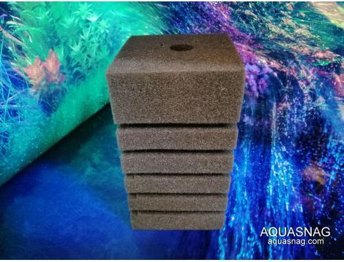 Фото Мочалка серая (8*8*14)см, с прорезями для лучшей фильтрации Смотреть