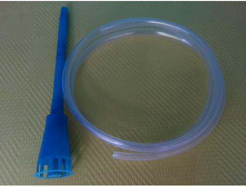 Фото Сливная трубка 1м с пластиковой насадкой aquasnag.com