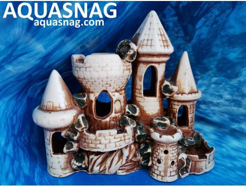 Фото Тура с башенками и балконом,  дл 23см, шир 12.5см, выс 22см, коричневая aquasnag.com